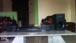 Samsung 5.1 Channel DVD Home theatre system HT