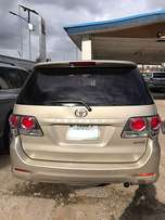 Sparkling Toyota Fortuner (2012) for sale