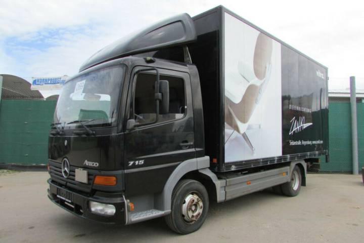 Mercedes-Benz 715 4x2 BL - Nr.: 069 - 2000