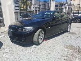 BMW 320i fully loaded