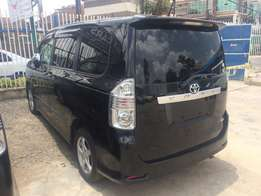 2010 toyota voxy Fully loaded just arrived