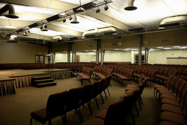 Looking For Church Space To Rent (Warehouse or Building or Hall) Germiston - image 1