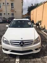 Mercedes-Benz C300 (2009)Distress sale!