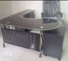 GS durable glass office table