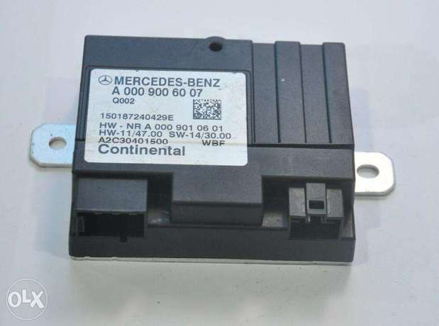 Mercedes Benz C Class W205 Original Fuel Pump Control Module unit