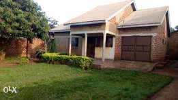 House for sale in Kasangati town 62m