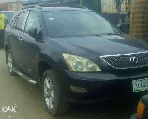 CLEAN Lexus RX330 05 FULL OPTION for N2.450m Surulere - image 2