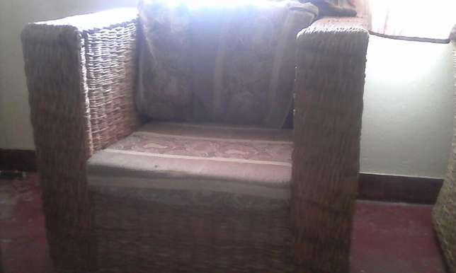 Used seats for quick sale available Vescon - image 2