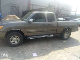 Super clean first body registered 2003 Toyota Tundra v6 for sale