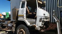 Isuzu SHR chassis, cab, diff. Exstra loose spares available