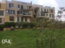resale apartment 215m with garden at eastown sodic ايستاون تجمع الخامس