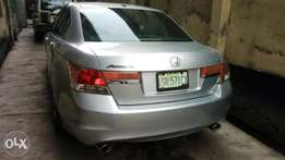 Neatly used Honda accord 2011 model full options