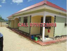 Georgious double self contained in Namilyango at 200k