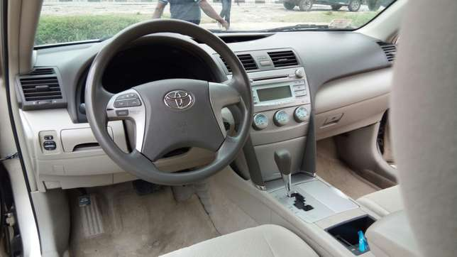 Tincan Cleared Toyota Camry LE 2009 Model In Excellent Condition Lekki - image 3