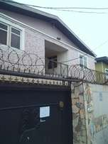 Good 2bedroom flat bungalow at Samshonibare str off Ogunlana drive