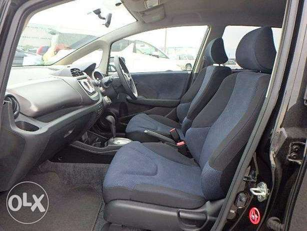 2011 model Honda Fit Silver, white n black all KCP number Mombasa Island - image 7