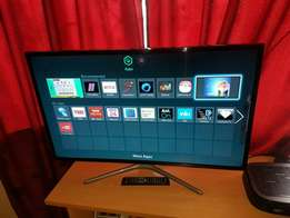 Samsung 40 inch Smart Tv led full HD wifi apps netflix facebook YouTub