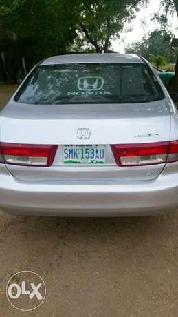 Very neat Honda accord 2003 with leather seat working perfectly. Ogbomosho North - image 1