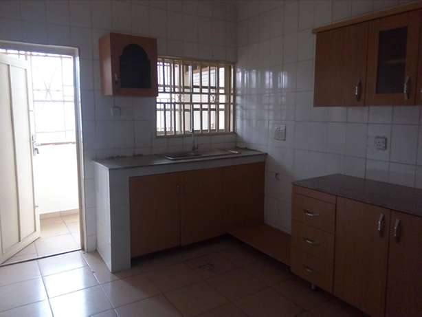 Newly POP finished and serviced 3bedroom flat to let at Utako off Arab Utako - image 7