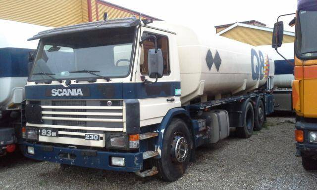 Scania P 93 6x2 20000 Liter Tank Gazole/Fuel Pomp - 2000