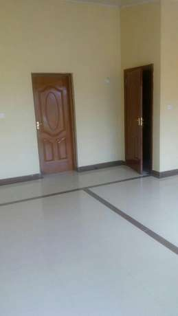 Prissy Apartment-3 Bedroom ensuite with DSQ for rent Ruaka - image 3