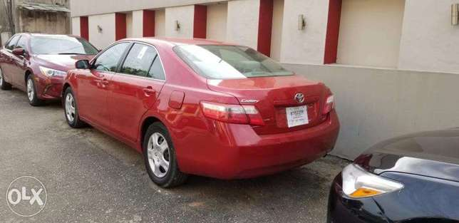 A Clean Toyota Camry 2007 Tokunbo Ikeja - image 1