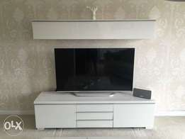 Imported tv stand 2 piece top and bottom
