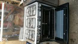 Royalty industrial 6 burners gas cooker oven with grill.