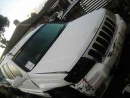 Jeep Grand Cherokee 4x4 2.7 2003 Model Breaking up Spares & Parts