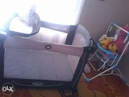 Graco cot changing table and nappy holder