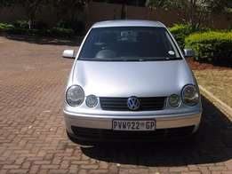 Polo classic 1.6 hatchback/silver.