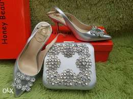 ladies wedding shoes with matching bag