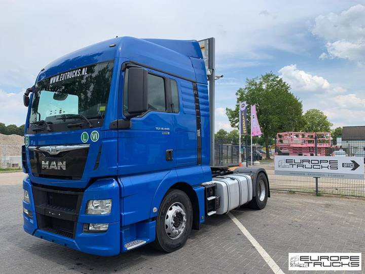 MAN TGX 18.440 Euro 6 - Retarder - New tires - 5 units - 2015