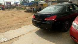 Clean Toyota Avalon 2006 Black