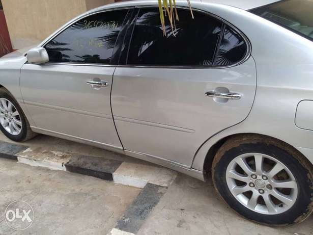 Lexus es300 for take away price Ikeja - image 5
