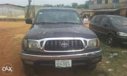 Toyota Tacoma 2003 model first body 4 sale