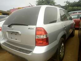 Tokunbo MDX Accra jeep for sale accident free three roll seat