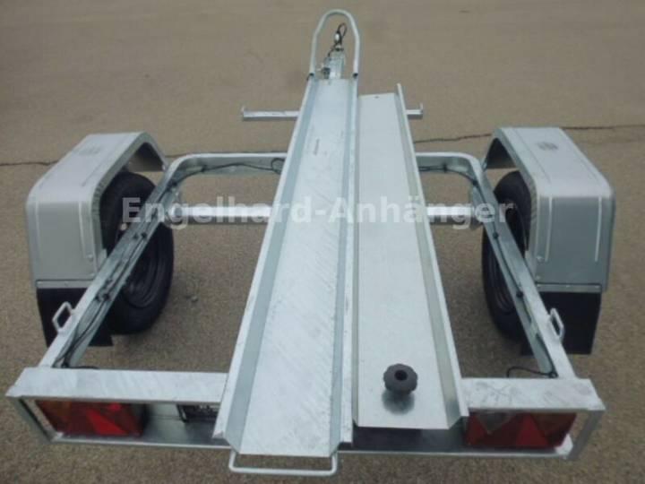 TEMA MOTO 1 - 750 kg (für eine Maschine)