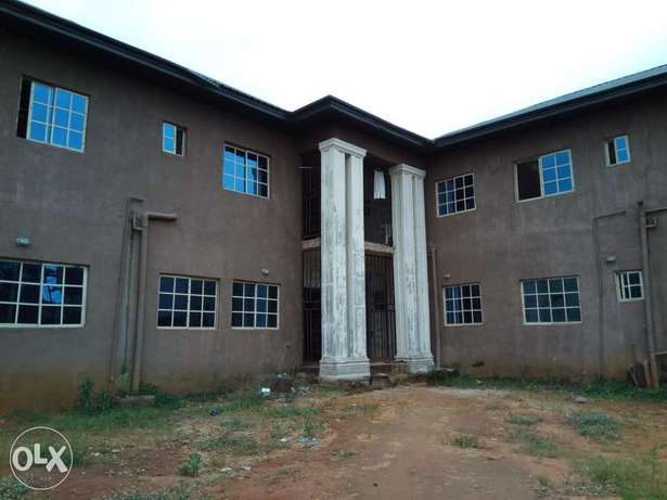 Standard 25 rooms self Contain hostel close to federal poly nekede Owerri-Municipal - image 1