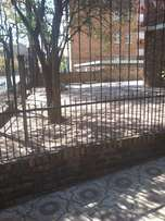 2 Bedroom Flat for Rent in Muckleneuk R5, 500/month