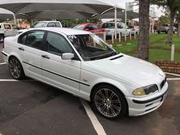1999 BMW 3 Series 318i 4d in a very good condition
