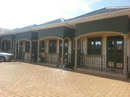 Pickford sitting room and bedroom for rent in Mengo at 450k