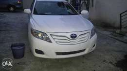 White Toyota Camry 2010 model available