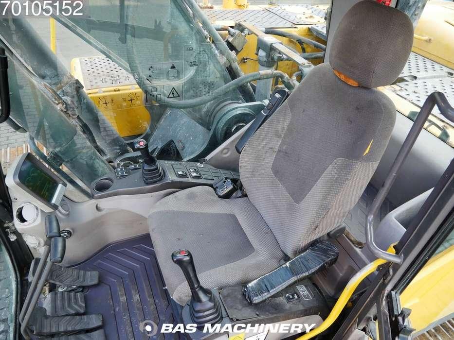 Volvo EC240CL - 2012 - image 15