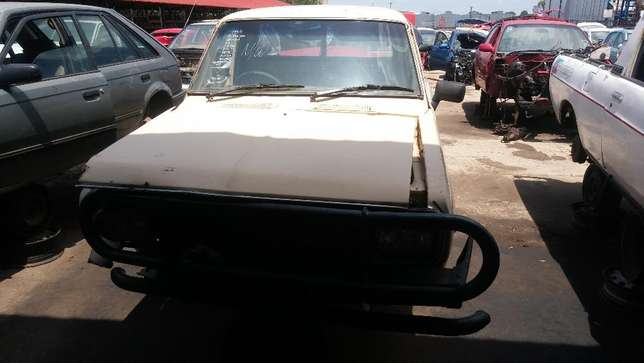 Nissan 1400 Now Breaking for PARTS!! Johannesburg - image 3