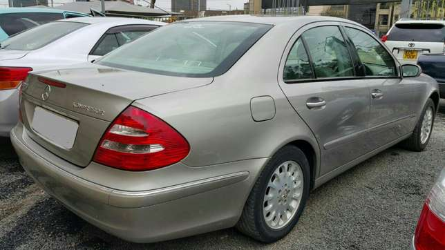 Mercedes Benz E200 Bronze, Year 2003, Automatic1800cc, Hurlingham - image 2