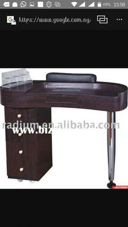 Professional Nail table Lagos Island West - image 1