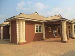 3 bedrooms bungalow with a mini flat available sale at Oojo