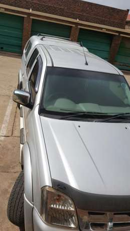 Isuzu kb300 Urgent Sale Germiston - image 2