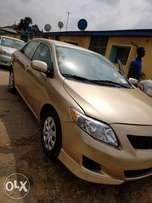 Foreign used Toyota corolla 2010 gold